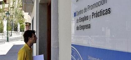 Imagen de portada de 10.800 euros para el plan de ayuda a centros en materia de orientación