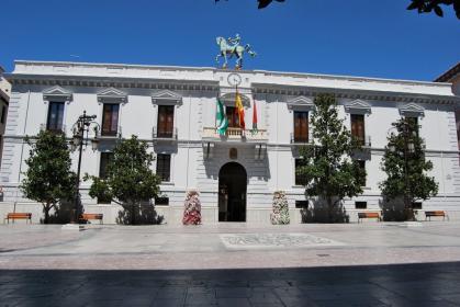 Imagen de portada de Convocatoria de oposiciones en el Ayuntamiento de Granada
