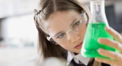 Imagen de portada de El empleo del futuro, profesiones STEM con déficit de mujeres