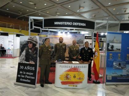 Imagen de portada de La profesión militar estuvo presente en la Feria de Empleo
