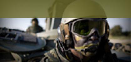 Imagen de portada de OFICIALES Y SUBOFICIALES DE LAS FUERZAS ARMADAS