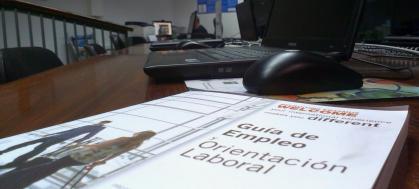 Imagen de portada de Si lo urgente (encontrar un empleo) se impone a lo importante (el proyecto de desarrollo profesional)