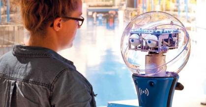 Imagen de portada de Los humanos y las máquinas