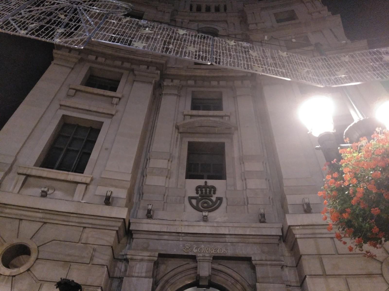 Imagen de portada de Correos oferta 50 puestos de personal laboral fijo en Granada
