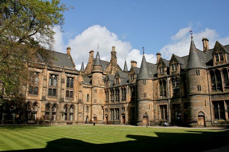 Imagen de portada de Luto universitario por la salida del Reino Unido del programa Erasmus+