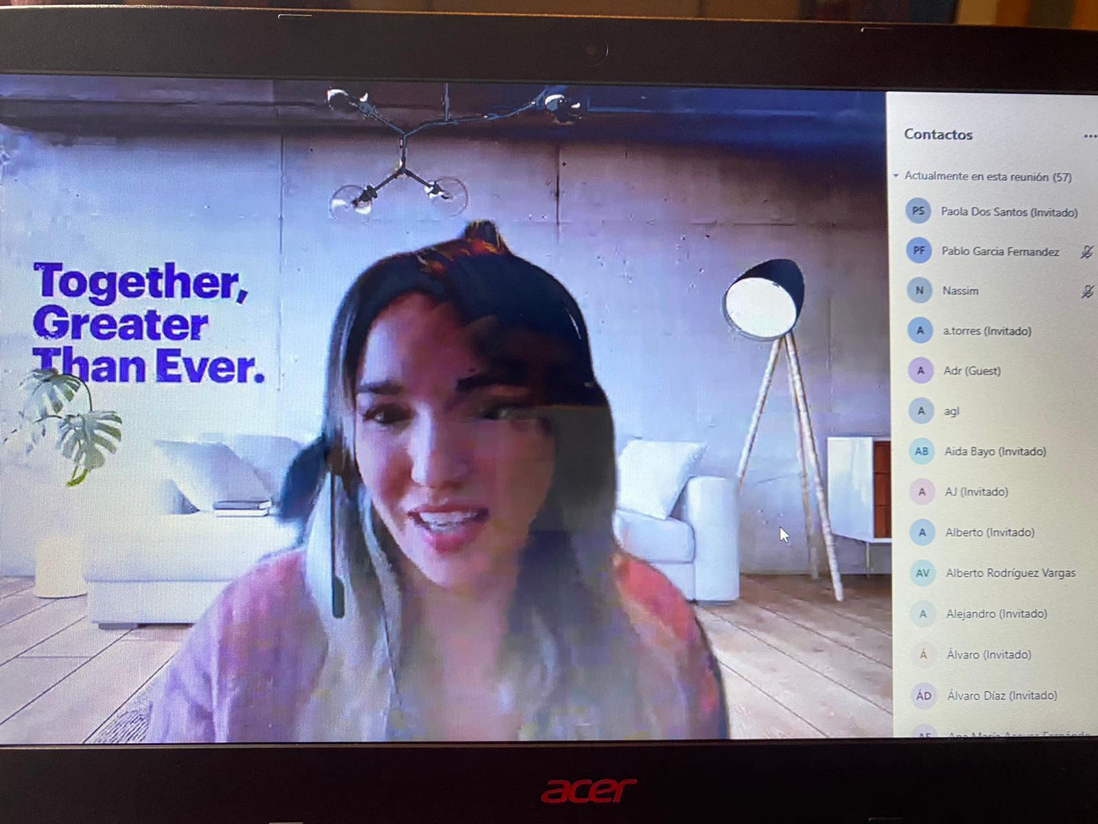 Imagen de portada de Con el tejido productivo. Imágenes de una sesión con 60 participantes