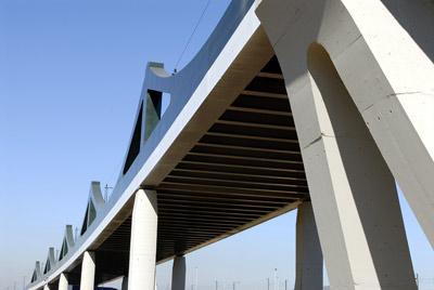 Imagen de portada de Infraestructuras Ferroviarias