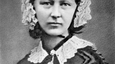 enfermera-Florence_Nightingale_(H_Hering_NPG_x82368)