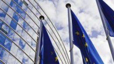 european-union-flags-480985277_1278x426